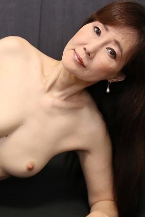 HEYZO 2502 熟痴女の淫らな誘惑~完熟ボディを召し上がれ~ – 赤坂ルナ