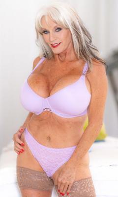 Mommy Got Boobs - Sally DAngelo Sneaky Grandma