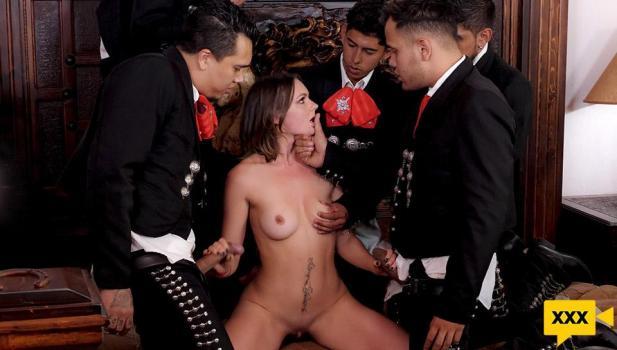 Sex Mex - Emily Thorne - 5 de Mayo - The mariachis