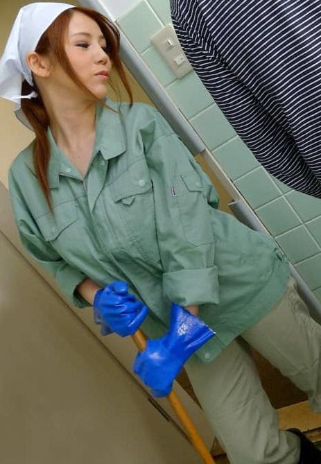Pacopacomama パコパコママ 061021_488 働く地方のお母さん ~チンポも綺麗にしてくれる掃除婦~小泉真希