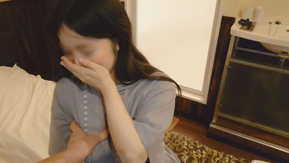 FC2 PPV 1863679 【個人撮影】幼顔の三十路人妻が借金返済に追われ泣く泣く円光【素人・中出し】
