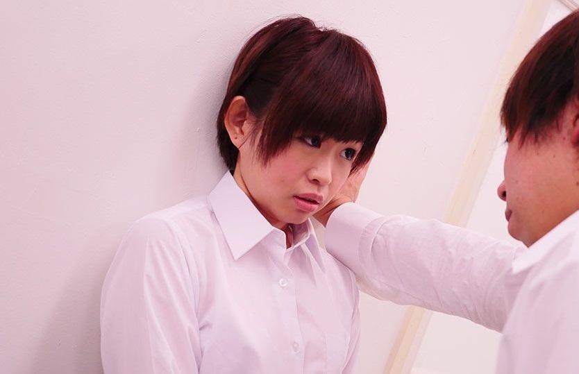 FC2 PPV 1207785 【無】元アイドルが幼馴染と保険室で壁ドンセックス!.